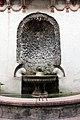 Castello di trento, cortile dei leoni, 02 fontana.jpg