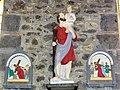 Cerfontaine (Nord, Fr) église, statue Saint Christophe, station 5 et 6.JPG