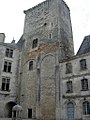 Château de La Rochefoucauld Donjon.jpg