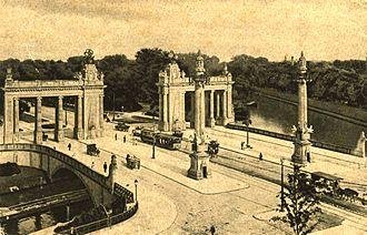 Charlottenburg Gate - Charlottenburg Gate shortly after completion