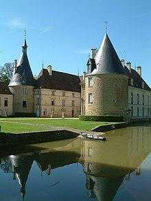 220px-Chateau_de_Commarin2 dans Ma Bourgogne En détails