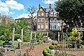 Chelsea Physic Garden 15052013 093.jpg