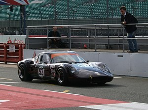 Chevron Cars Ltd - Chevron B8
