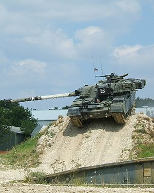 Chieftain (tank) - Chieftain display at the Bovington tank museum, 2006