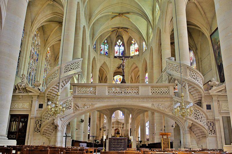 File:Church of Saint Genevieve, the Patron Saint of Paris, 2014.jpg