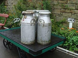 Milk churn - Milk churns on a railway platform