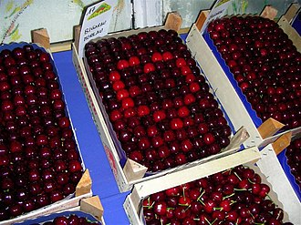 Castegnero - Cherries (local production)