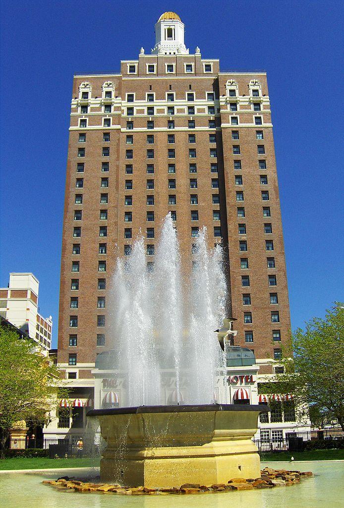 Atlantic City Hotel With Indoor Water Park