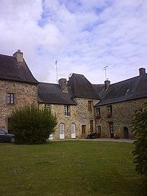 Cloitre de Champeaux (Ille-et-Vilaine).JPG