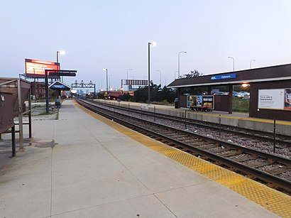 How to get to Clybourn Metra Station with public transit - About the place
