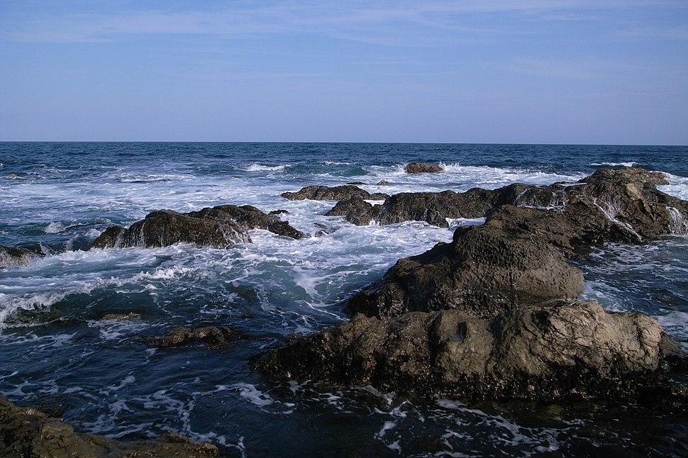 Coast in emi kamogawa 01