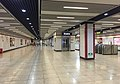 Concourse of Liziyuan Station (20170910113158).jpg