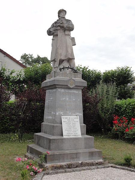 Corbeny (Aisne) monument aux morts