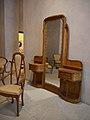 Détail de la coiffeuse et chaise de la chambre de Madame Guimard, 1909-1912.jpg