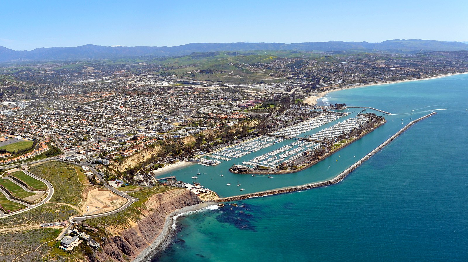 dana point Dana point overview visitors speak favorably about all that dana point has to offer, including its beaches and port you'll enjoy activities like whale watching and boating.
