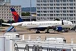 Delta Air Lines, N707TW, Boeing 757-2Q8 (35595104512).jpg