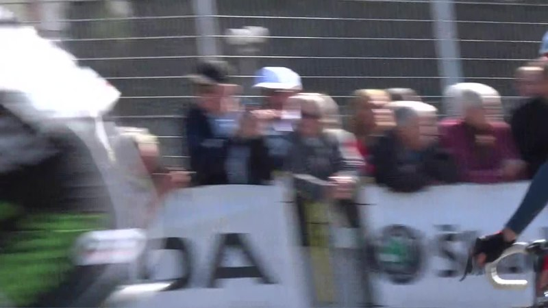 File:Denain - Grand Prix de Denain, le 17 avril 2014 (A409H).ogv