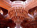 Diwan-I-Khas Fatehpur Sikri India - panoramio (3).jpg