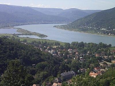 DonauknieVisegrad.jpg
