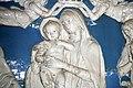 Dossale in terracotta invetriata con Madonna incoronata dagli angeli di Andrea e Giovanni della Robbi, 02.jpg