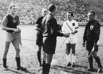 Valletta F.C. - Valletta skipper Frankie Zammit (second from right) prior to a 1963–64 European Cup match against Dukla Prague at the Juliska Stadium.