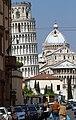Duomo e torre pendente da via Maffi - panoramio.jpg