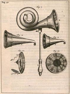 Ear trumpet funnel-shaped device to improve hearing