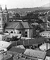Eger, kilátás a Liceum teraszáról a Minorita templom és a vár felé nézve. Fortepan 20956.jpg