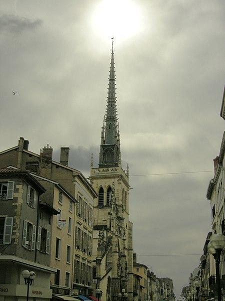 Clocher de l'église notre-Dame-des-Marais de Villefranche-sur-Saône.
