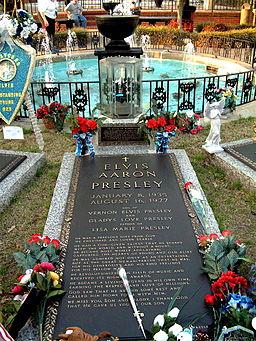 Elvis' tomb