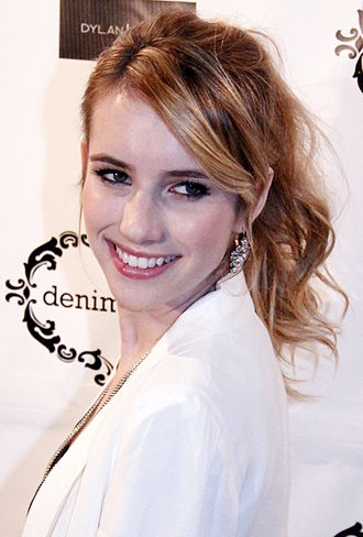 Emma Roberts - Roberts at the Denim Habit Event in NYC (October 2011)