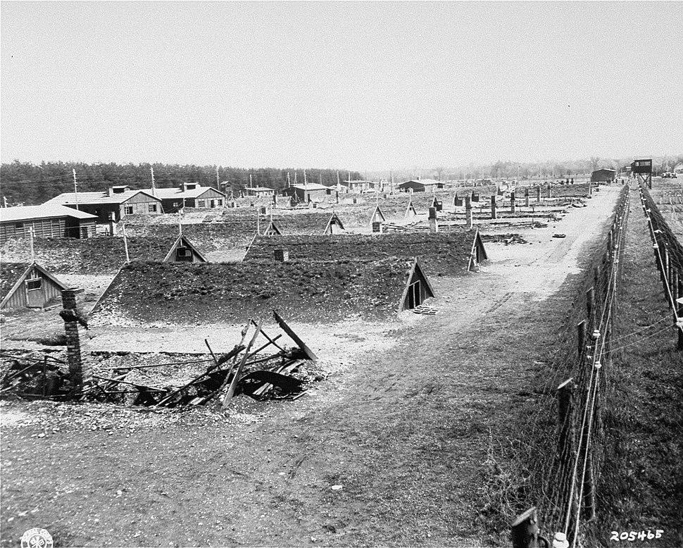 Erdhütten in KZ-Außenlager bei Kaufering