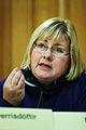 Erna Solberg, kommunal- och regionalminister och for dagen tf. samarbetsminister, svarar pa fragor under samarbetsministrarnas fragetimme under Nordiska radets session.jpg
