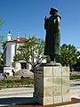 Estátua do Dr. João Rodrigues «Amato Lusitano» - Castelo Branco - Portugal (133592711).jpg