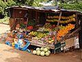 Etale de fruit en rue.jpg