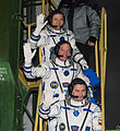Expedition 47 Departure Wave (NHQ201603190012).jpg