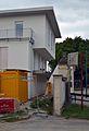 Facade and pilars left from Pfarrhof Trumau 03.jpg
