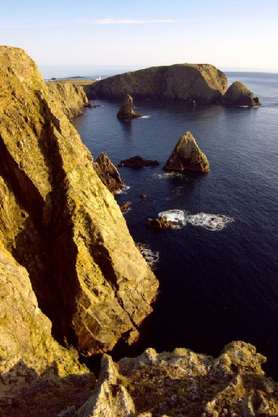 File:Fair Isle - West cliffs.jpg
