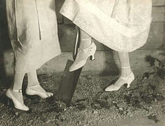 Fashion picture of shoes by Adolf de Meyer 1919.jpg