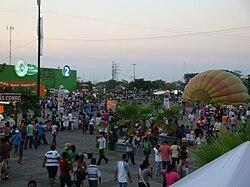 2e63a2d183b Explanada principal del Parque Tabasco durante la Feria Tabasco