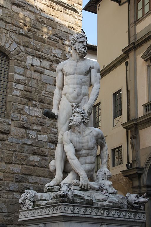 Baccio Bandinelli, la statua Ercole e Caco, con sfondo la Galleria degli Uffizi
