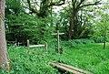 Footpath and Bridleway junction near Pratts Farm - geograph.org.uk - 1293737.jpg