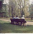 Fotothek df ps 0003514 Gärten - Parks ^ Stadtparks ^ Spaziergänger.jpg