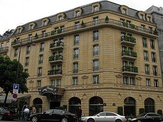 Hôtel Barrière Le Fouquet's - Image: Fouquet's Barrière Paris