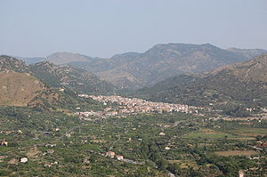 Francavilla di Sicilia - Francavilla and the Alcantara Valley