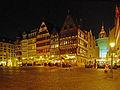 Frankfurt Römerberg Ostzeile Nacht.jpg