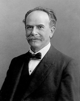 Franz Boas one of the pioneers of modern anthropology FranzBoas.jpg