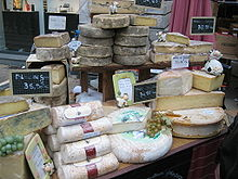 220px-Fromages dans Epiceries gourmandes