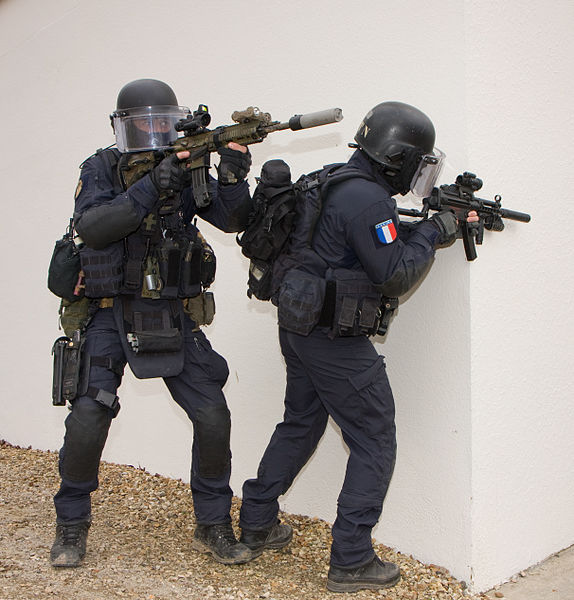 File gign5 domenjod wikimedia commons for Housse gilet pare balle gendarmerie