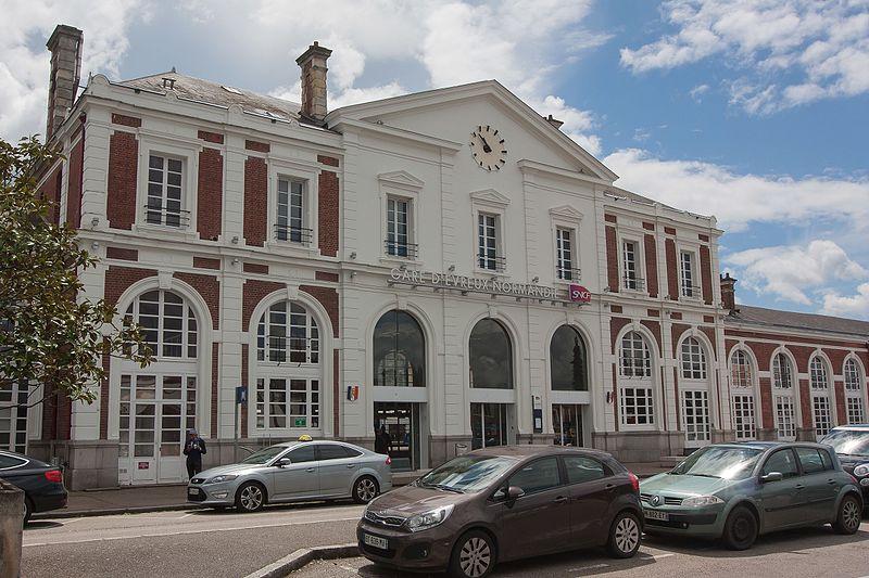 File:Gare d'Evreux - 2016-06-15 - IMG 1282.jpg
